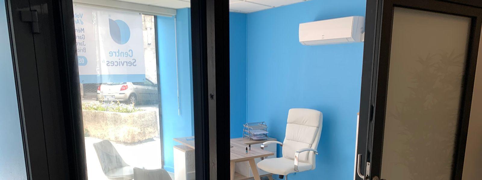 photo intérieure de l'agence de Angoulême