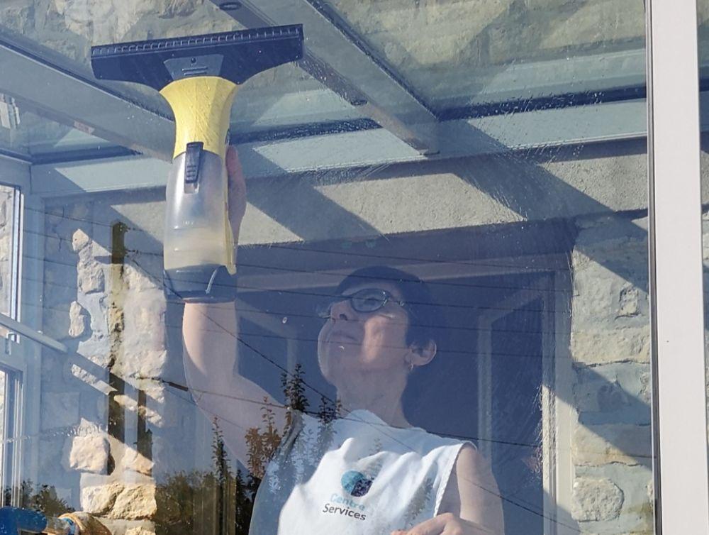 Du matériel adapté et efficace pour le nettoyage de vos vitres